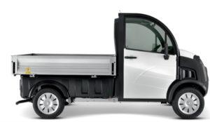 D-Truck en version plateau ridelles